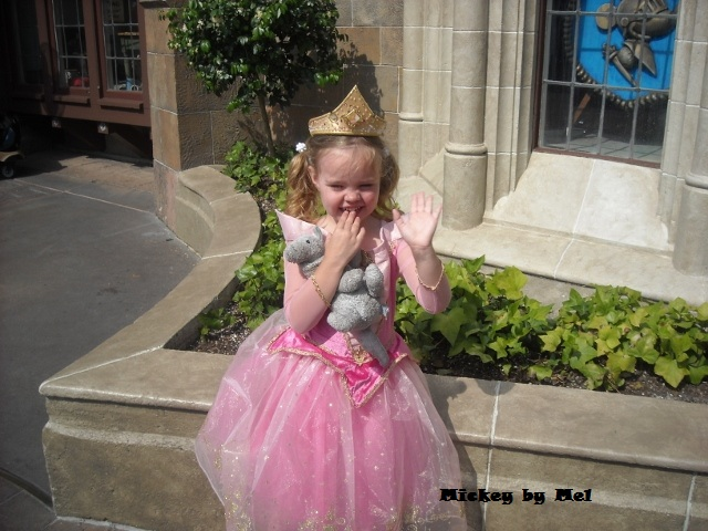 Princess Eliza dressed as Aurora